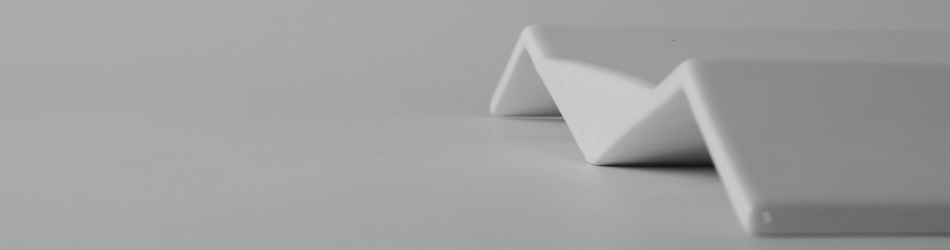 piatto in ceramica voila